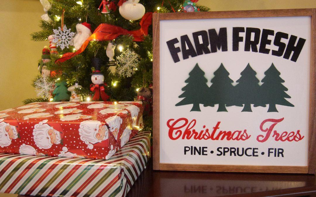 How to Make a Christmas Tree Sign